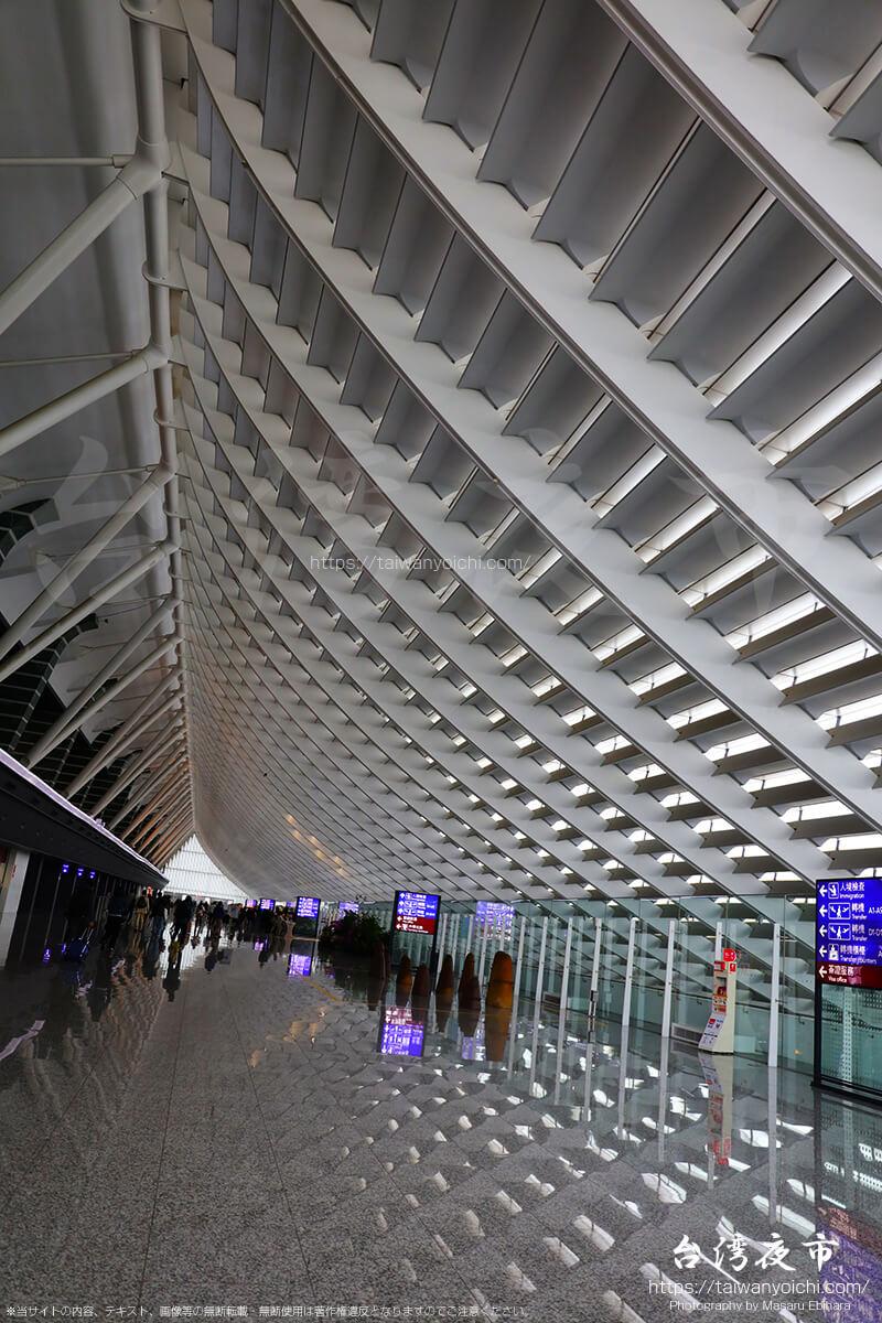 桃園国際空港内のインスタス映えスポットで撮影した写真