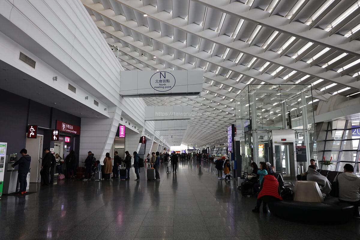 台湾に入国した後に撮影した桃園国際空港の写真