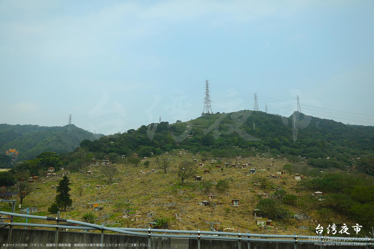 台湾の墓地