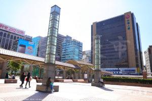台北駅左手(台北101方面)