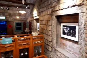 九份(九分)茶坊店内の壁