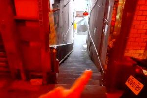 九份(九分)老街の細い階段